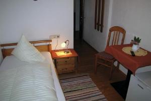 Einbettzimmer Nr. 26_1